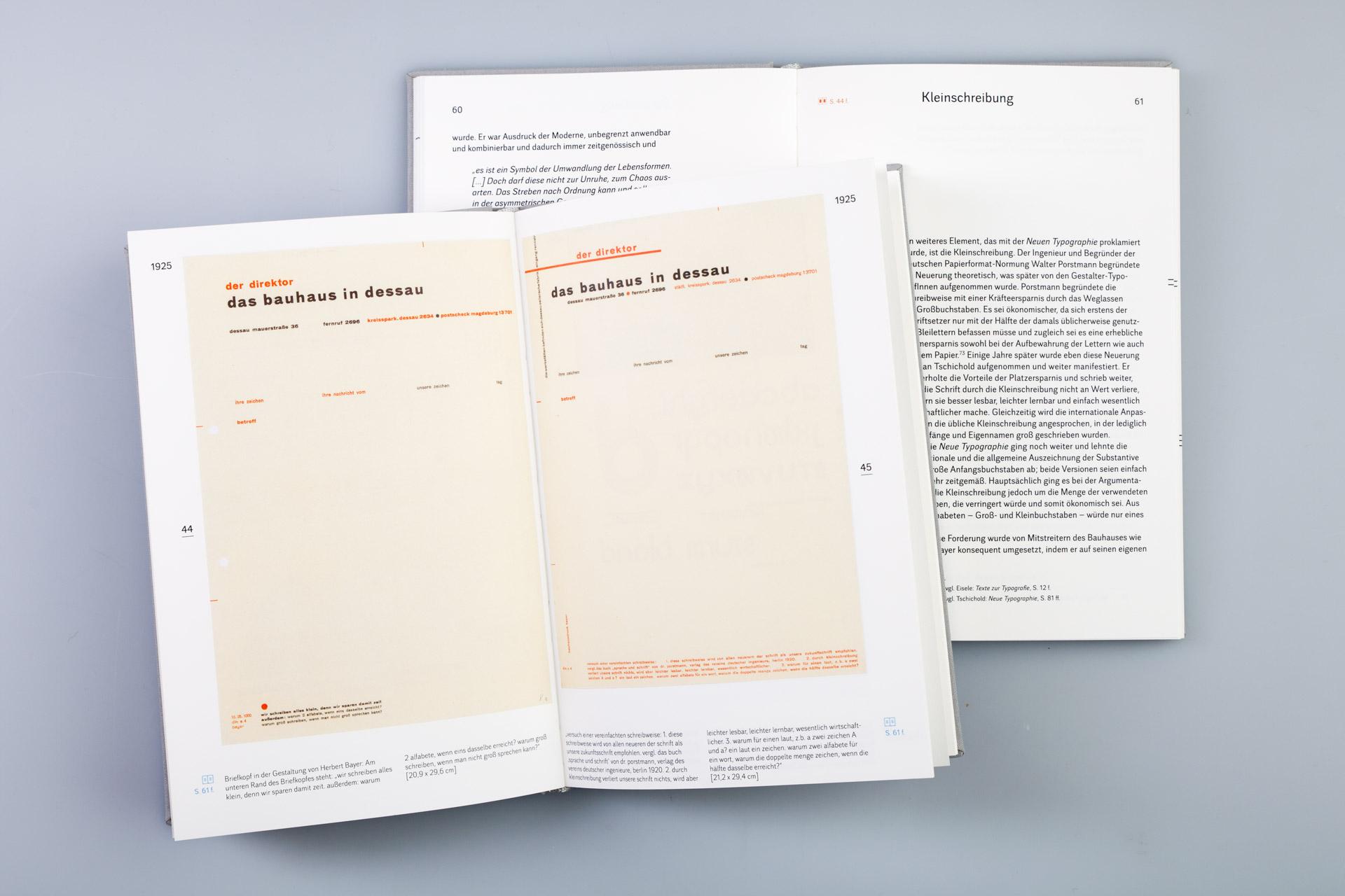 Die beiden Bücher können getrennt voneinder gelesen oder gemeinsam benutzt werden, indem man den sich auf den jeweils andere Band bezie- henden Referenzen folgt.